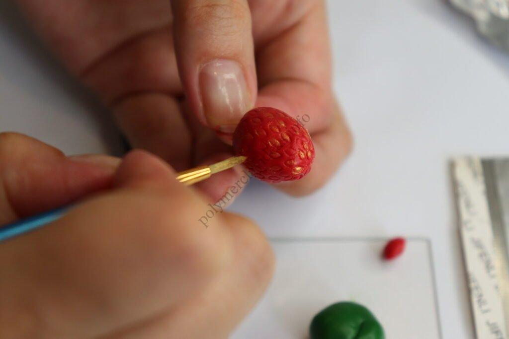 17 Strawberry earrings made of polymer clay