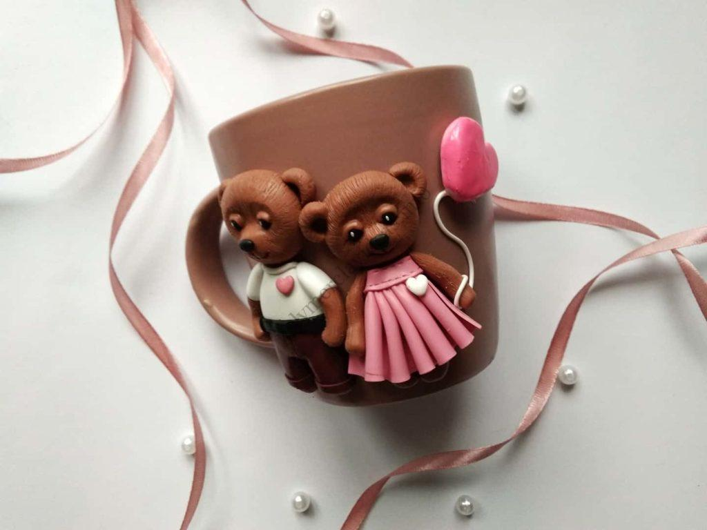 Polymer clay cup decor: A couple of bears