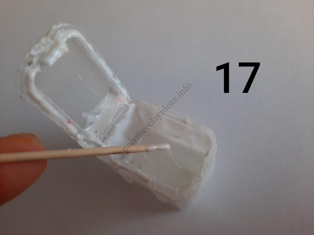 Photo 17. Polymer clay cake tutorial