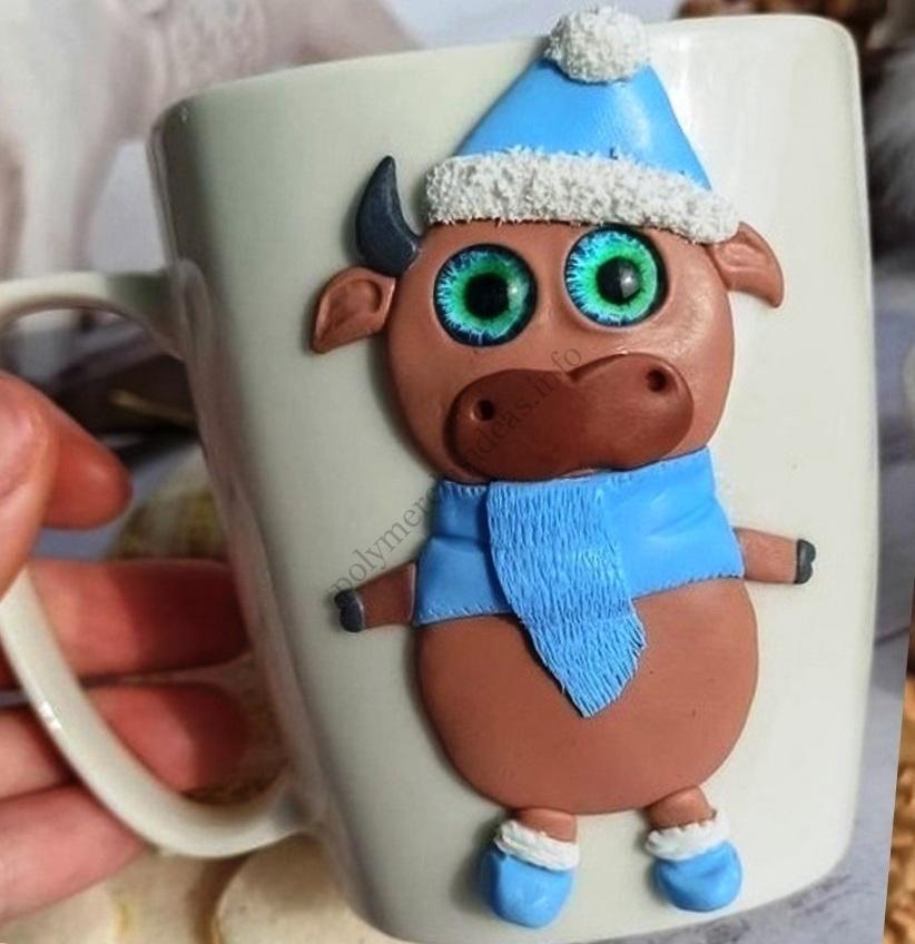The mug decor with polymer clay: New Year's bull